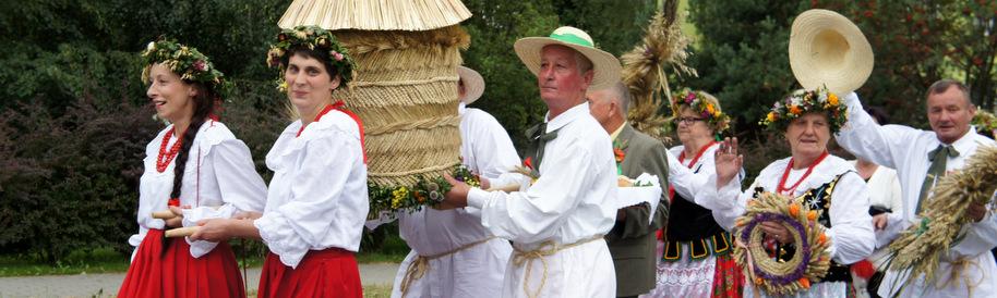 Dożynki Gminne wieniec mieszkańców Jurkowa